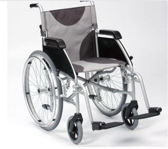 """תמונה של כסא גלגלים קל משקל 12 ק""""ג אולטרלייט"""