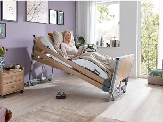 """תמונה של מיטה סיעודית חשמלית """"לנוס"""" - low-height"""